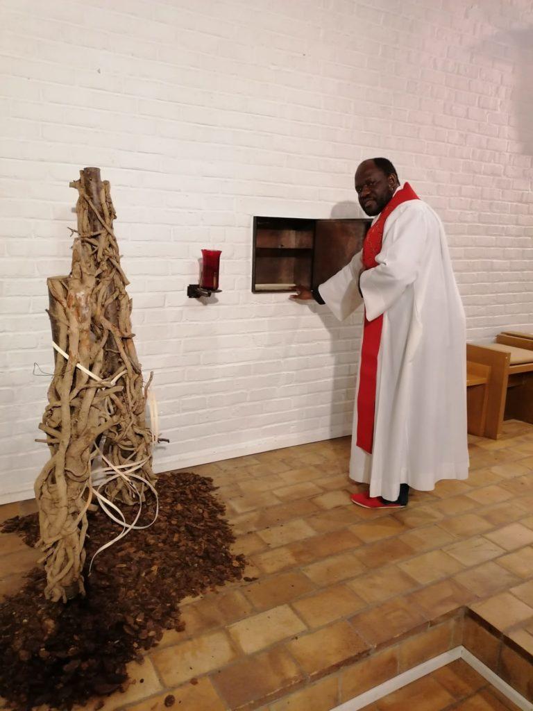 vendredi saint le tabernacle est vide